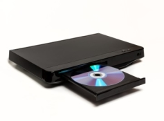 Compare blu-ray players